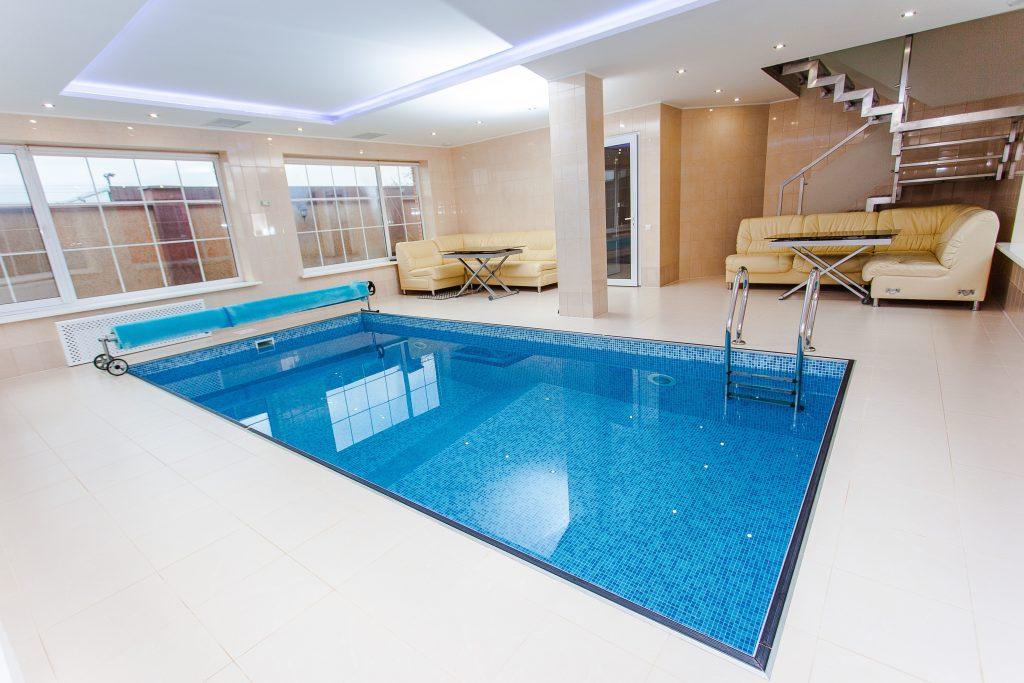 Bazén do interiéru